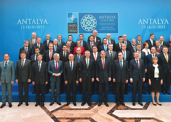 NATO DIŞİŞLERİ TOPLANTISI'NDA 42 MADDELİK ÖNLEMLER PAKETİNE ONAY