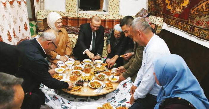 Gönül Belediyeciliği Yapıyoruz… Keçiören Belediye Başkanı Mustafa AK'ın gönül belediyeciliği ile hizmet kadar gönül kazanmanın da önemine vurgu yaparken, Keçiörenli'nin değerli olduğunun altını çiziyor.
